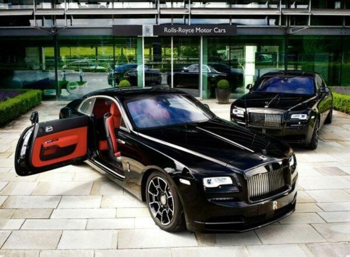 rolls royce wraith black badge a kid 39 s blog on luxury. Black Bedroom Furniture Sets. Home Design Ideas